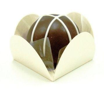 Forminha 4 Pétalas Marfim com 50 un. Embalagens para Doces Rizzo Confeitaria