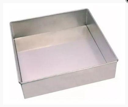 Forma de Alumínio Quadrada Fixa - 15x15x10cm - Ref. 4999 - Macedo - Rizzo Confeitaria