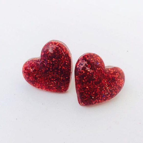 Brinco de Coração com Glitter Pin Up Cocktail