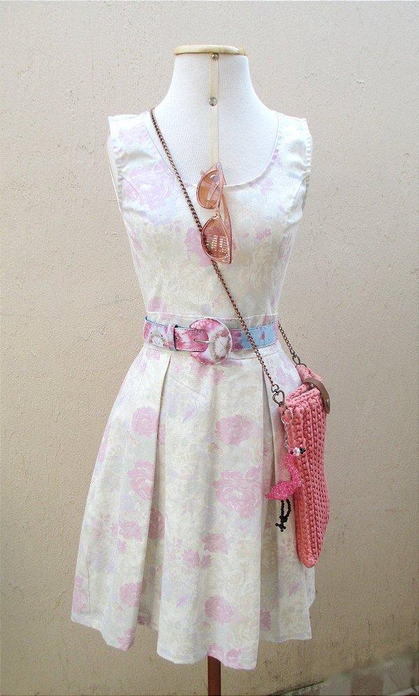 Vestido Regata de Pregas Floral Retrô Pin Up Vintage