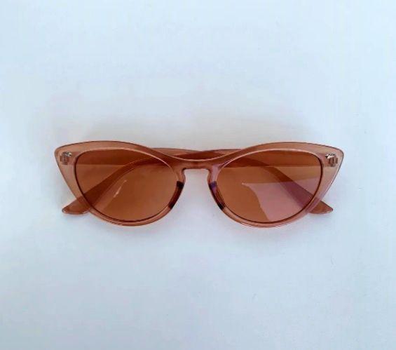 Óculos Escuros Gatinho Clássico Marrom Transparente Pin Up Retrô