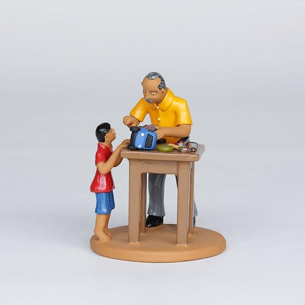 Consertando Brinquedo