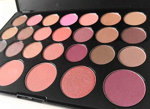 Paleta Blushed Neutrals Bh Cosmetics