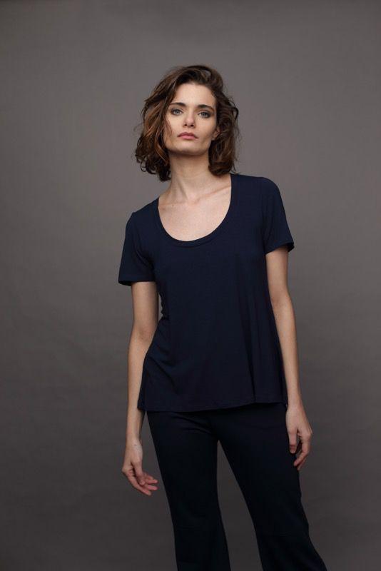 T-Shirt CB Decote U Marinho