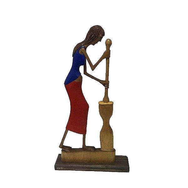 Escultura Mulher do Ivo de Sertânia - PE