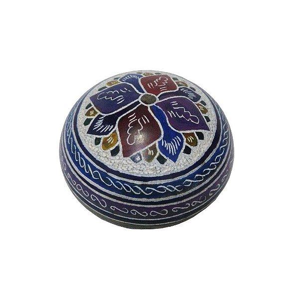 caixa bola  bordado em pedra sabão M - MG