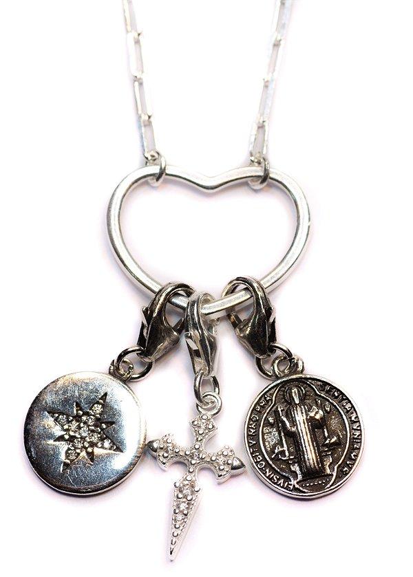 Colar longo amuletos prata 925