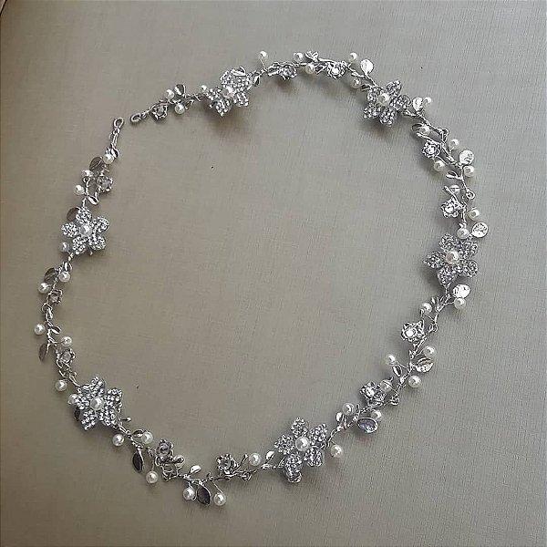 Tiara  de noiva  com pérolas flores
