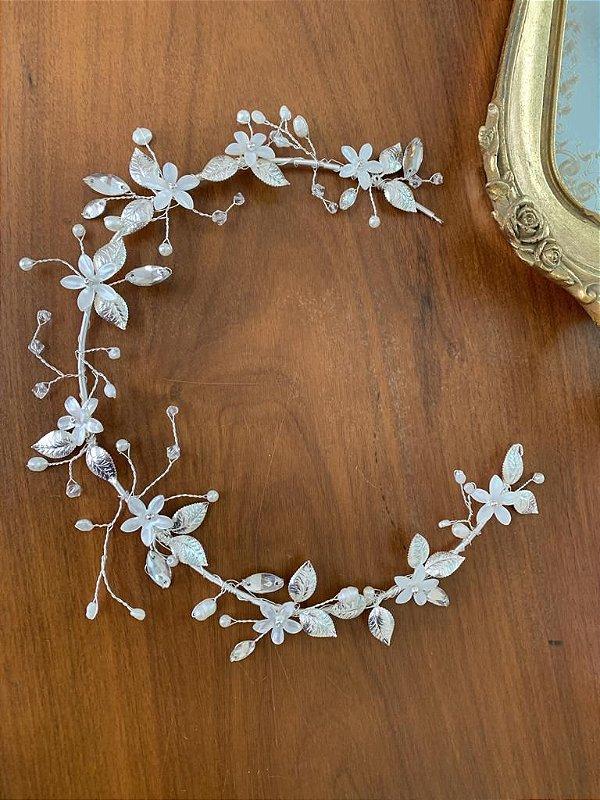 Tiara de noiva com flores de  madrepérola