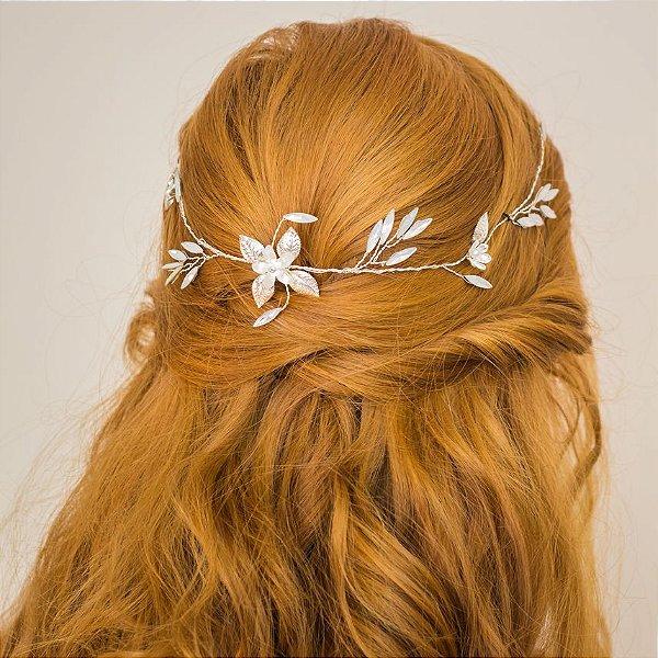 Arranjo para cabelo de noiva com madrepérolas banho de prata