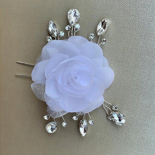 Flor para cabelo de noiva tecido branco com ramos de  strass