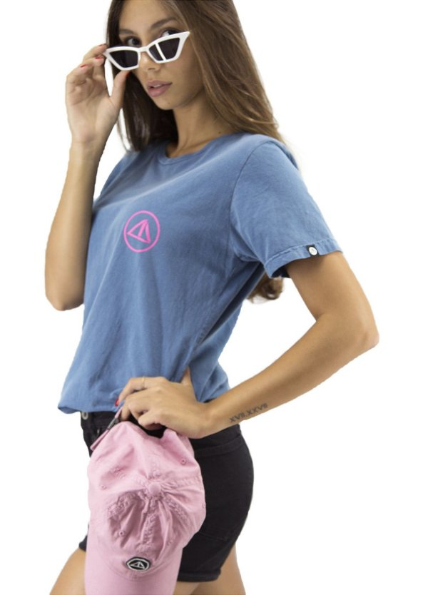 Camiseta Feminina Surf Skate Old School Fivebucks - Fivebucks Company 68ce96db186
