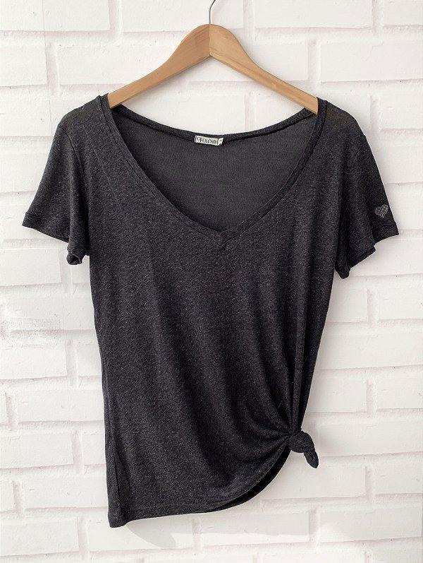 T-Shirt Viscolinho - Preta