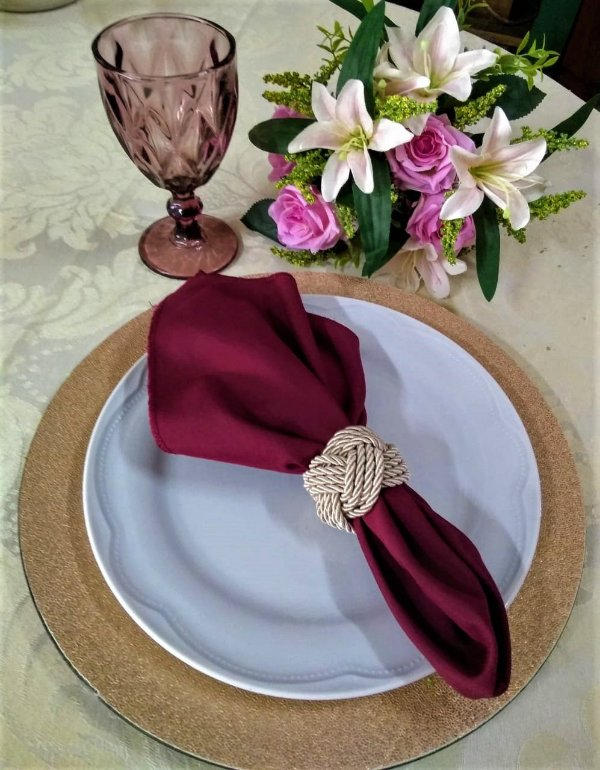 Sousplat rosê couro
