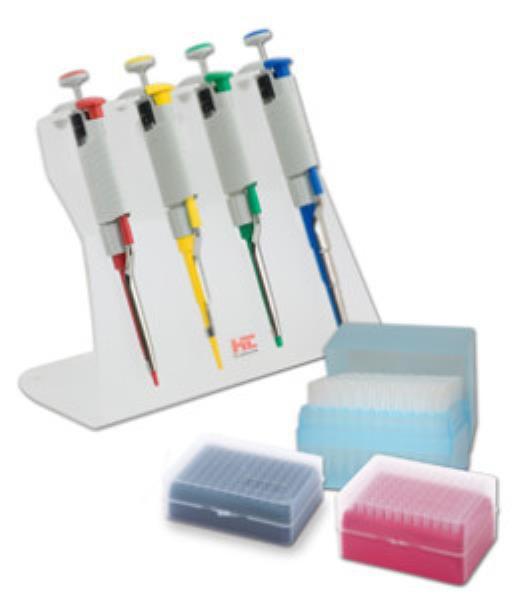 Kit 4 Micropipetas Volume Variável Monocanal Labmate Pro de 0,5-1000uL, 1 Suporte inclinado e 3 racks Ponteiras (HTL)