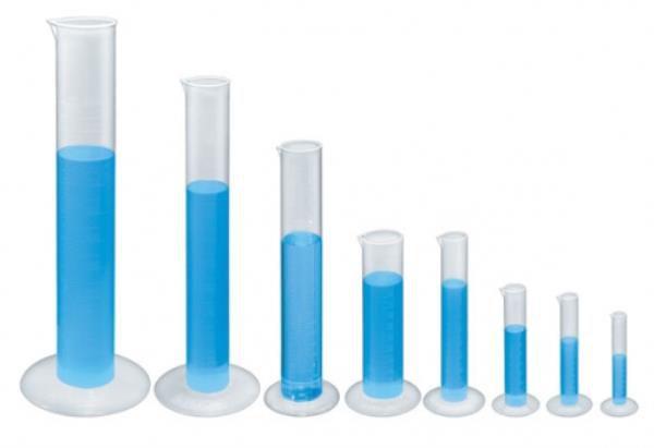 Proveta em polipropileno, graduada em alto relevo, não autoclavável, 500mL, mod.: 0006-8 (J.Prolab)