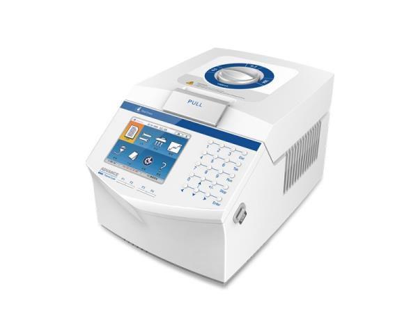 """Termociclador automático com gradiente, LCD colorida 5,7"""""""", Blocos intercambiáveis, Bivolt, mod.: TION96GL (Thermion)"""