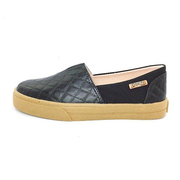 Tênis Slip On Quality Shoes Feminino 002 Matelassê Preto/Preto Sola Caramelo