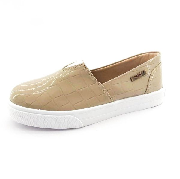 Tênis Slip On Quality Shoes Feminino 002 Verniz Croco Bege