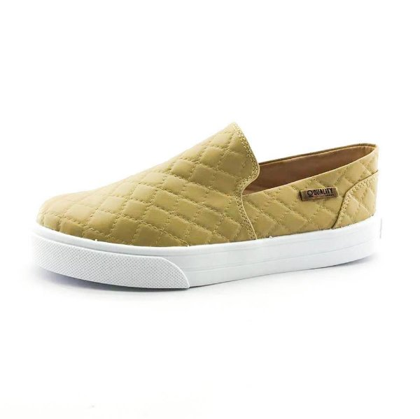 Tênis Slip On Quality Shoes 004 Matelassê Bege