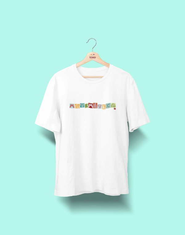 Camiseta Universitária - Matemática - Colagem - Basic