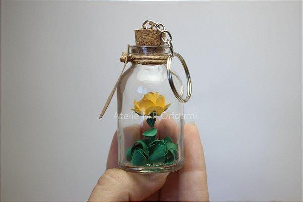 Brinde corporativo chaveiro flor garrafinha