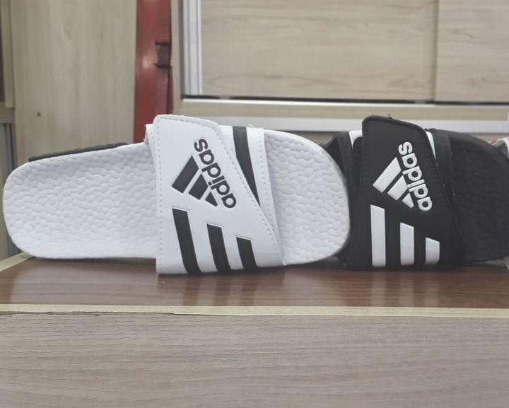 Chinelo Adidas com velcro