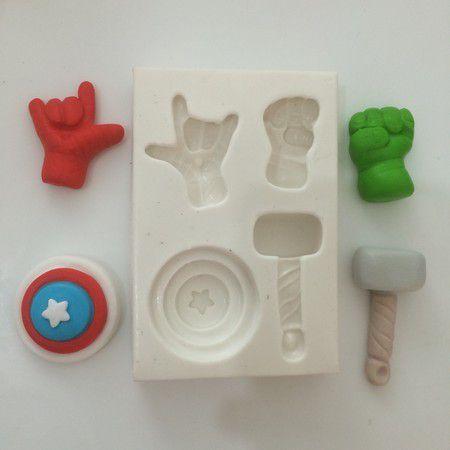 Molde Miniaturas dos Super Herois 0409