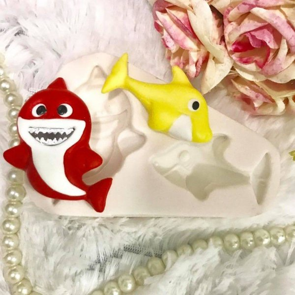 Molde Baby Shark 1984