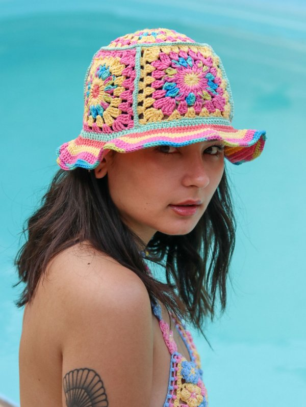 Bucket Hat de Crochê Patch Colorê