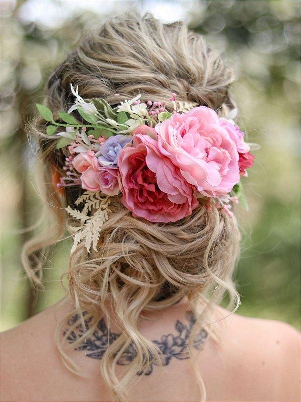 Arranjo de Cabelo Flores Assim Será