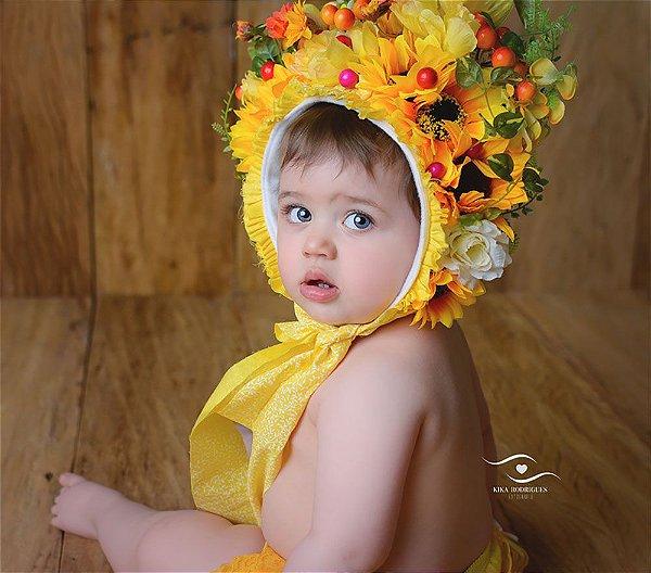 Touca de Flores e Frutinhas Girassol
