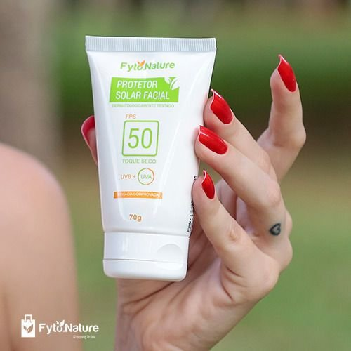 PROTETOR SOLAR FACIAL FPS 50 TOQUE SECO FYTO NATURE