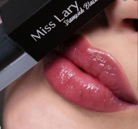 GLOSS DIAMOND BLACK MISS LARY