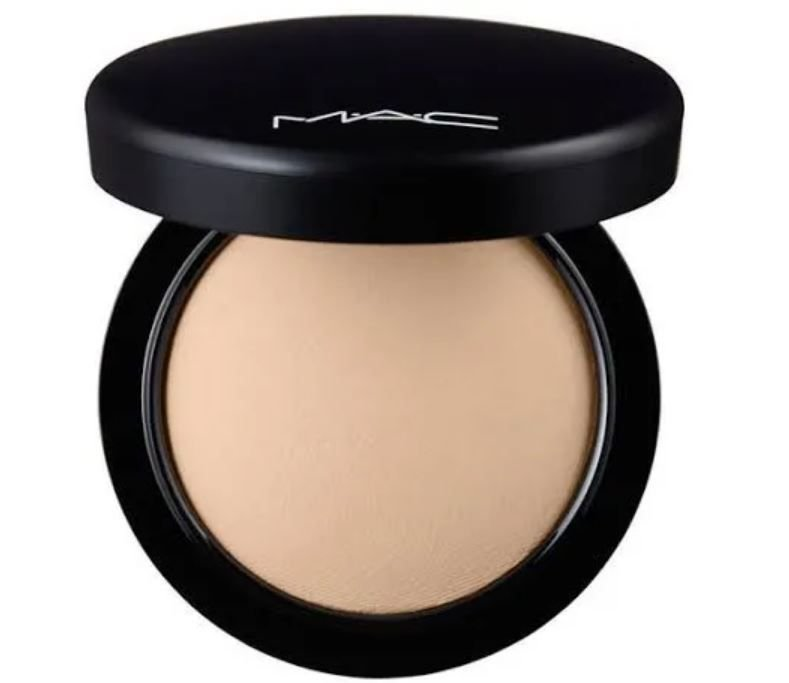 PÓ SKINFINISH MINERALIZE MAC COR MEDIUM PLUS