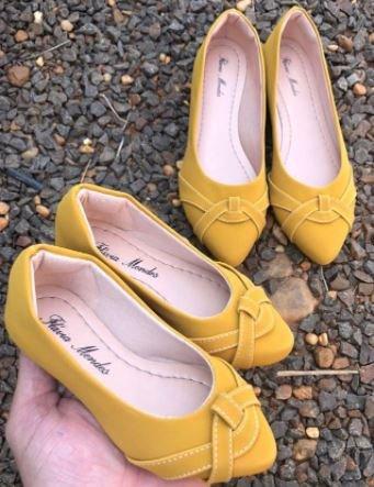 Sapatilha Nobuck Amarela  Bico Fino