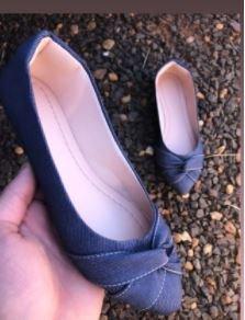 Sapatilha Adulta Jeans com Detalhe Torcido