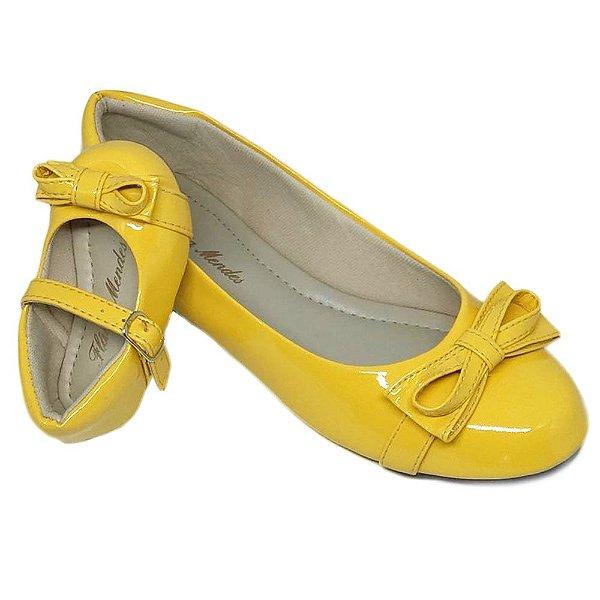 Sapatilha Amarela toda em Verniz Palmilha Tradicional