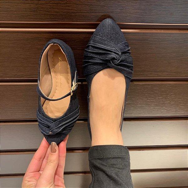 Sapatilha Jeans Azul Escuro com Laço Nó Bico Fino