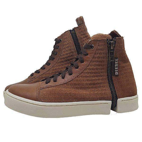 f74e2510fea Bota Diesel Couro - Max Shoes