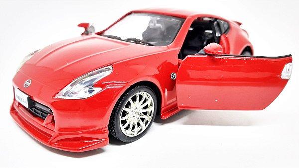 Nissan 370Z  Vermelho - ESCALA 1/32 - 13 CM