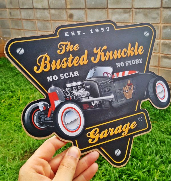 Placa Decorativa The Busted Knuckle Garage