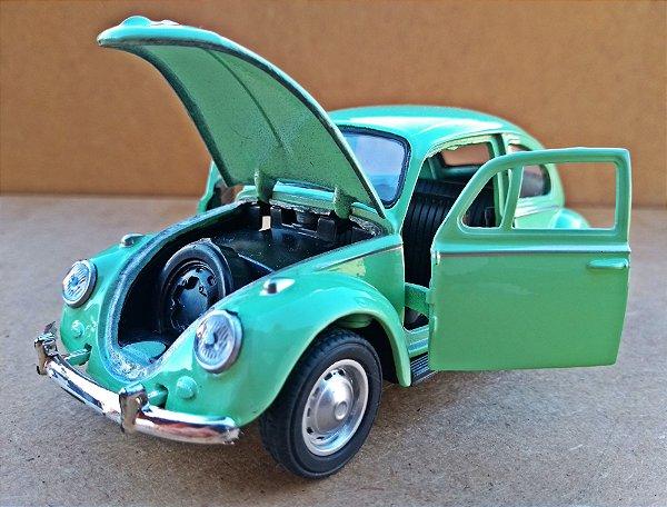 Volkswagen Fusca Verde - Escala 1/32 - 12 CM