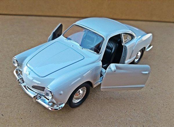 Volkswagen Karmann Ghia 1962 Branco - Escala 1/43 - 11 CM
