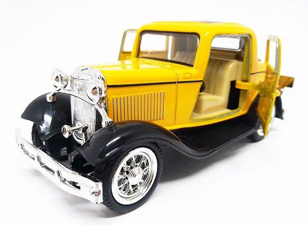Ford 3 Window 1932 Coupé Amarelo/Preto - Escala 1/32- 12 CM