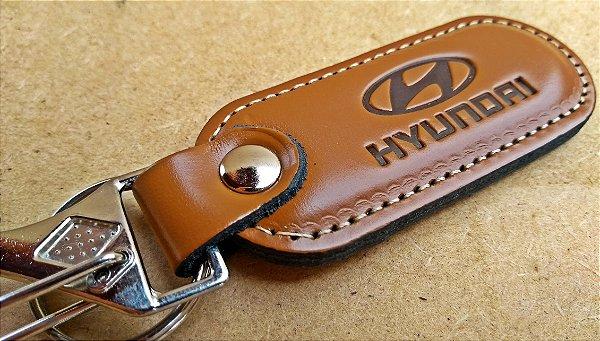 Chaveiro em Couro Marrom Hyundai