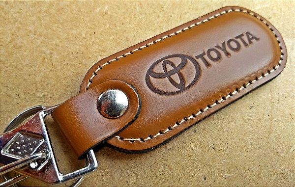 Chaveiro em Couro Marrom Toyota