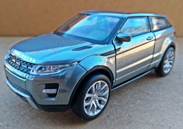Land Rover Evoque Cinza - Escala 1/36 - 11 CM
