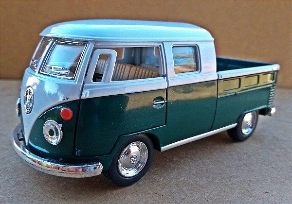 Volkswagen Kombi 1962 Verde/Branca - Escala 1/32 - 13 CM
