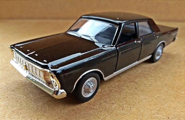 Ford Galaxie - ESCALA 1/38 - 11 CM